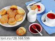 Купить «english breakfast with tea and scones», фото № 28168596, снято 28 февраля 2018 г. (c) Oksana Zh / Фотобанк Лори