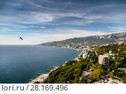 Купить «Крым. Вид на Ялту», фото № 28169496, снято 25 сентября 2017 г. (c) Ольга Сейфутдинова / Фотобанк Лори
