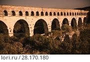 Купить «Pont du Gard, an ancient Roman bridge in southern France», фото № 28170180, снято 8 декабря 2017 г. (c) Яков Филимонов / Фотобанк Лори