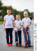 Купить «Two boys and girl stand with skateboards on road», фото № 28171140, снято 10 сентября 2016 г. (c) Losevsky Pavel / Фотобанк Лори