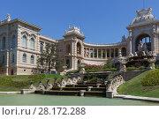 Купить «MARSEILLE, FRANCE - AUG 1, 2016: Longchamp Palace, museum of Fine Arts, built in middle of 19th century», фото № 28172288, снято 1 августа 2016 г. (c) Losevsky Pavel / Фотобанк Лори