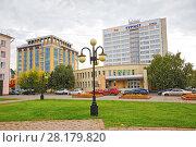 Купить «Омск,историческое место-площадь Бухгольца», фото № 28179820, снято 16 сентября 2015 г. (c) Круглов Олег / Фотобанк Лори