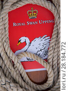 Купить «Sign for the Royal Swan Upping and rope,  the Swan upping is the annual census and marking of the Swans on the River Thames. England, UK, July 2016.», фото № 28184772, снято 20 сентября 2018 г. (c) Nature Picture Library / Фотобанк Лори