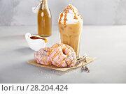 Купить «Lavender caramel donuts with coffee», фото № 28204424, снято 12 марта 2018 г. (c) Елена Веселова / Фотобанк Лори