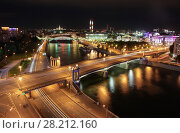 Bridge of Bogdan Khmelnitsky on Moskva river in summer night in Moscow, Russia (2015 год). Стоковое фото, фотограф Losevsky Pavel / Фотобанк Лори