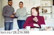 Купить «Offended elderly mother dont speaking with adult children during home quarrel», видеоролик № 28216988, снято 20 декабря 2017 г. (c) Яков Филимонов / Фотобанк Лори