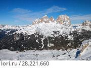 Ski slopes of Canazei, Dolomites. Стоковое фото, фотограф Юлия Кузнецова / Фотобанк Лори