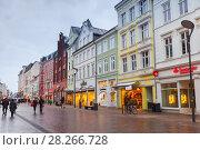 Grosse Strasse in Flensburg, Germany (2017 год). Редакционное фото, фотограф EugeneSergeev / Фотобанк Лори