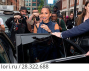 Купить «London Fashion Week Spring/Summer 2017 - Topshop - Arrivals Featuring: Alesha Dixon Where: London, United Kingdom When: 18 Sep 2016 Credit: Mario Mitsis/WENN.com», фото № 28322688, снято 18 сентября 2016 г. (c) age Fotostock / Фотобанк Лори