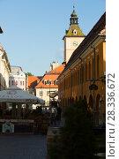 Купить «Brasov streets with tower of city Council», фото № 28336672, снято 18 сентября 2017 г. (c) Яков Филимонов / Фотобанк Лори