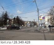Купить «9-ая Парковая улица в районе пересечения Измайловским бульваром. Район Измайлово. Москва», эксклюзивное фото № 28349428, снято 4 апреля 2018 г. (c) lana1501 / Фотобанк Лори