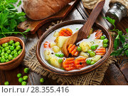 Купить «Soup with green peas», фото № 28355416, снято 21 декабря 2017 г. (c) Надежда Мишкова / Фотобанк Лори