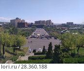 Купить «Улицы Еревана в мае 2018», фото № 28360188, снято 2 мая 2018 г. (c) Агата Терентьева / Фотобанк Лори