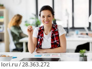 Купить «creative woman working on user interface at office», фото № 28363272, снято 1 апреля 2018 г. (c) Syda Productions / Фотобанк Лори