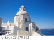 Купить «Agios Minas church in Fira town on Santorini in sunny day, Greece», фото № 28370832, снято 10 июня 2017 г. (c) Наталья Волкова / Фотобанк Лори