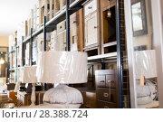 Купить «Old furniture in secondhand shop», фото № 28388724, снято 9 ноября 2017 г. (c) Яков Филимонов / Фотобанк Лори
