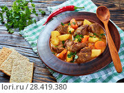 Купить «beef stew with vegetables, top view», фото № 28419380, снято 6 мая 2018 г. (c) Oksana Zh / Фотобанк Лори