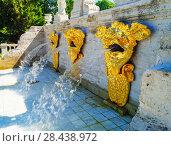 Купить «PETERGOF, RUSSIA - July 12, 2017: Fountain in Pertergof or Peterhof, known as Petrodvorets from 1944 to 1997», фото № 28438972, снято 12 июля 2017 г. (c) Васильева Юлия / Фотобанк Лори