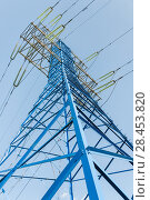 Купить «Мачта линии электропередач (ЛЭП)», фото № 28453820, снято 13 мая 2018 г. (c) Алёшина Оксана / Фотобанк Лори