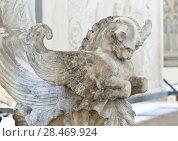 Купить «School of sculptors, restoration of sculptures, workshop repair depot», фото № 28469924, снято 2 марта 2014 г. (c) Сурикова Ирина / Фотобанк Лори