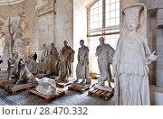 Купить «School of sculptors, restoration of sculptures, workshop repair depot», фото № 28470332, снято 2 марта 2014 г. (c) Сурикова Ирина / Фотобанк Лори