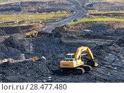 Купить «The Glentaggart open cast coal mine in Lanarkshire, Scotland, UK. August 2009.», фото № 28477480, снято 15 августа 2018 г. (c) Nature Picture Library / Фотобанк Лори