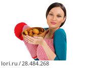 Купить «Young pretty woman holdin tasty fresh oatmeal cookies», фото № 28484268, снято 17 ноября 2012 г. (c) Ingram Publishing / Фотобанк Лори