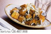 Купить «Plate with steamed eggplants with honey and cheese», фото № 28487908, снято 7 марта 2018 г. (c) Яков Филимонов / Фотобанк Лори