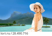 Купить «beautiful woman enjoying summer bora bora beach», фото № 28490716, снято 19 июня 2013 г. (c) Syda Productions / Фотобанк Лори