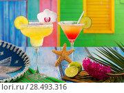 Купить «Cocktails mexican Margarita and sex on the beach at Caribbean tropical house», фото № 28493316, снято 25 апреля 2019 г. (c) Ingram Publishing / Фотобанк Лори