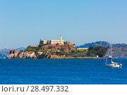 Купить «Alcatraz island penitentiary in San Francisco Bay California USA view from Pier 39», фото № 28497332, снято 20 апреля 2013 г. (c) Ingram Publishing / Фотобанк Лори