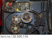 Купить «Car repair with belt and gears in grunge iron table», фото № 28500116, снято 26 октября 2013 г. (c) Ingram Publishing / Фотобанк Лори