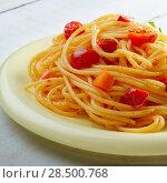 Купить «Spaghetti marinara pasta salad with arugula», фото № 28500768, снято 26 апреля 2019 г. (c) Ingram Publishing / Фотобанк Лори