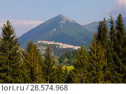Купить «The village of Opi, Apennine mountains, Apennines, Italy, May.», фото № 28574968, снято 29 мая 2020 г. (c) Nature Picture Library / Фотобанк Лори