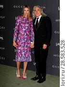 Купить «2016 LACMA Art + Film Gala held at the Los Angeles County Museum of Art Featuring: Kelly Lynch, husband Mitch Glazer Where: Los Angeles, California, United...», фото № 28583528, снято 30 октября 2016 г. (c) age Fotostock / Фотобанк Лори