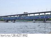 Купить «Москва. Метромост (Лужнецкий мост)», эксклюзивное фото № 28627992, снято 23 июня 2018 г. (c) Илюхина Наталья / Фотобанк Лори