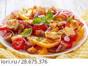 Купить «tasty fresh italian summer salad panzanella», фото № 28675376, снято 27 июня 2018 г. (c) Oksana Zh / Фотобанк Лори