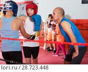 Купить «Boxer sparring on the ring», фото № 28723448, снято 12 апреля 2017 г. (c) Яков Филимонов / Фотобанк Лори