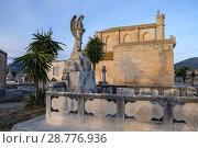 Купить «Cementerio, llucmajor, Mallorca, Spain.», фото № 28776936, снято 9 февраля 2018 г. (c) age Fotostock / Фотобанк Лори