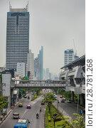 Купить «Время, когда движение на дорогах Бангкока не большое», фото № 28781268, снято 12 апреля 2013 г. (c) Александр Романов / Фотобанк Лори