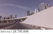 Modern road junctions in Dubai stock footage video (2018 год). Редакционное видео, видеограф Юлия Машкова / Фотобанк Лори