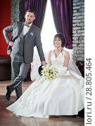 Купить «wedding. bridegroom or fiance portrait with bride», фото № 28805464, снято 24 марта 2018 г. (c) Дмитрий Калиновский / Фотобанк Лори
