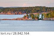 Купить «Sunset on Aland Islands. Finland», фото № 28842164, снято 9 июля 2018 г. (c) Валерия Попова / Фотобанк Лори