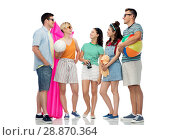 Купить «happy friends with beach and summer accessories», фото № 28870364, снято 30 июня 2018 г. (c) Syda Productions / Фотобанк Лори