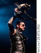 Купить «Black Star Riders performing live onstage at the O2 Academy in Bournemouth, Dorset. Featuring: Black Star Riders, Ricky Warwick Where: Bournemouth, Dorset...», фото № 28873952, снято 19 марта 2017 г. (c) age Fotostock / Фотобанк Лори