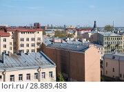Купить «Крыши жилых домов в центре Санкт-Петербурга в районе Лиговского проспекта», фото № 28889488, снято 11 мая 2018 г. (c) Румянцева Наталия / Фотобанк Лори