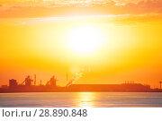 Купить «Port-de-Bouc petrochemical platform during sunset», фото № 28890848, снято 22 сентября 2019 г. (c) Сергей Новиков / Фотобанк Лори