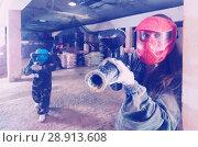 Купить «Portrait of female player in red mask», фото № 28913608, снято 10 июля 2017 г. (c) Яков Филимонов / Фотобанк Лори