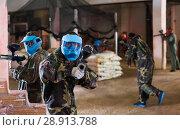 Купить «Player in blue mask is targeting in rival», фото № 28913788, снято 10 июля 2017 г. (c) Яков Филимонов / Фотобанк Лори