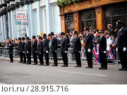 The funeral cortege carrying the coffin of policeman Keith Palmer... (2017 год). Редакционное фото, фотограф WENN.com / age Fotostock / Фотобанк Лори